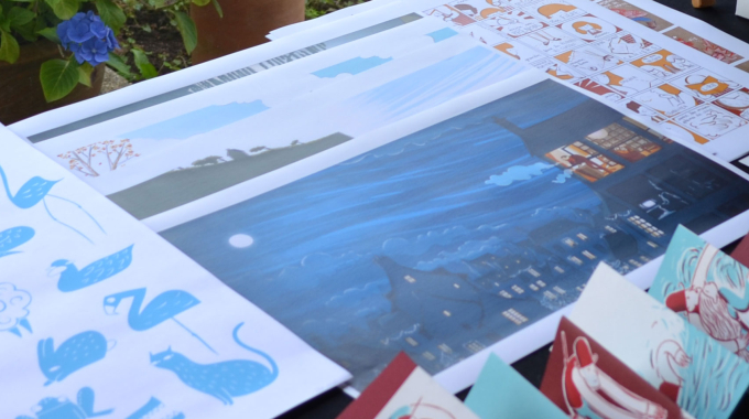 Léa Mazé expose ses dessins originaux à Crozon !